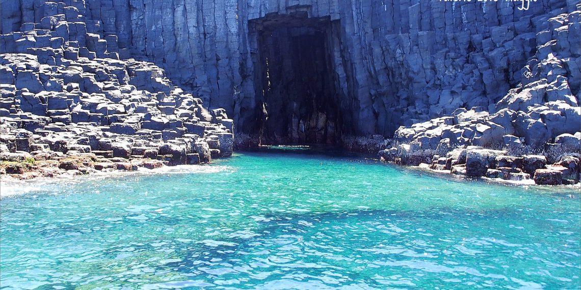 【澎湖 Penghu】七美遇見寶石色澤般的藍洞 西吉嶼祕境探索世界級美景