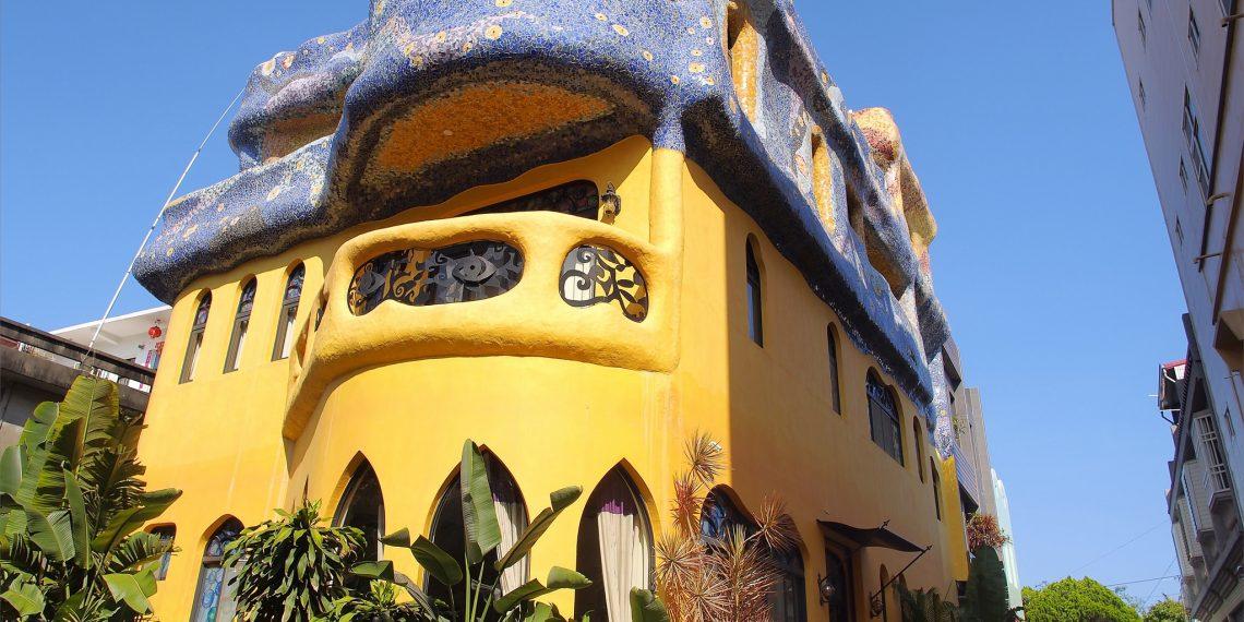 【小琉球 Liuchiu】星月旅店 入住西班牙高第風格建築 邂逅異國的浪漫