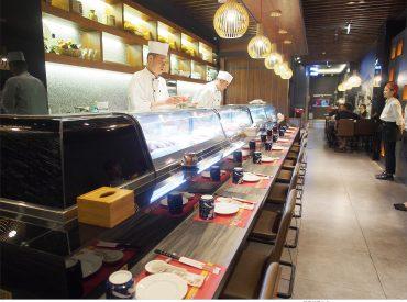 按讚加入粉絲團先前在鳳山熱鬧的三民路發現一間日式料理餐廳 經過看到華麗的外觀一直很想來嘗試 但又怕價格不斐  […]