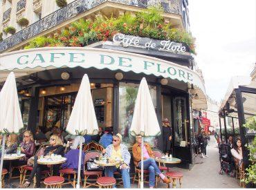 來到浪漫的花都  也要感受一下浪漫藝術氣息的咖啡館 最知名的就是位於日耳曼大道上的花神咖啡 花神咖啡蓋於1887年  二次大戰後吸引許多作家造訪而出名