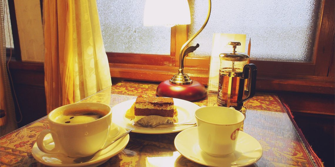 【嘉義 Chiayi】阿里山賓館 五十年代老咖啡廳 走進50's復古華麗的夜上海 Alishan House