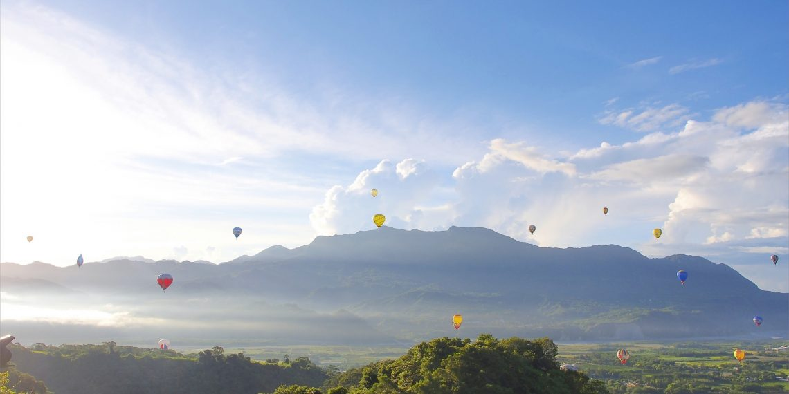 【台東 Taitung】2016台灣國際熱氣球嘉年華 鹿野高台欣賞色彩繽紛的熱氣球競賽