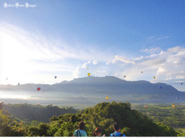 熱氣球有早上場和下午場  早上的天氣較穩定比較容易看到 天還未亮  我們從大武直奔鹿野就為了趕上5:00的熱氣球競賽