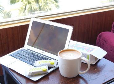 忙碌工作的下午總覺得肚子特別容易餓,腦袋昏沉時最喜歡來一杯咖啡跟下午茶點, 不想吃下太多熱量又能有飽足感,這 […]