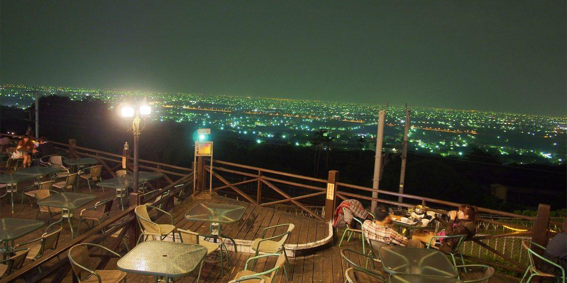 【彰化 Chang Hwa】銀河鐵道景觀餐廳 欣賞極速高鐵和浪漫的彰化夜景