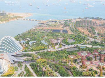 新加坡的捷運四通八達 從MRT Circle line (黃線) Esplanade下車  就可以到著名的濱海藝術中心