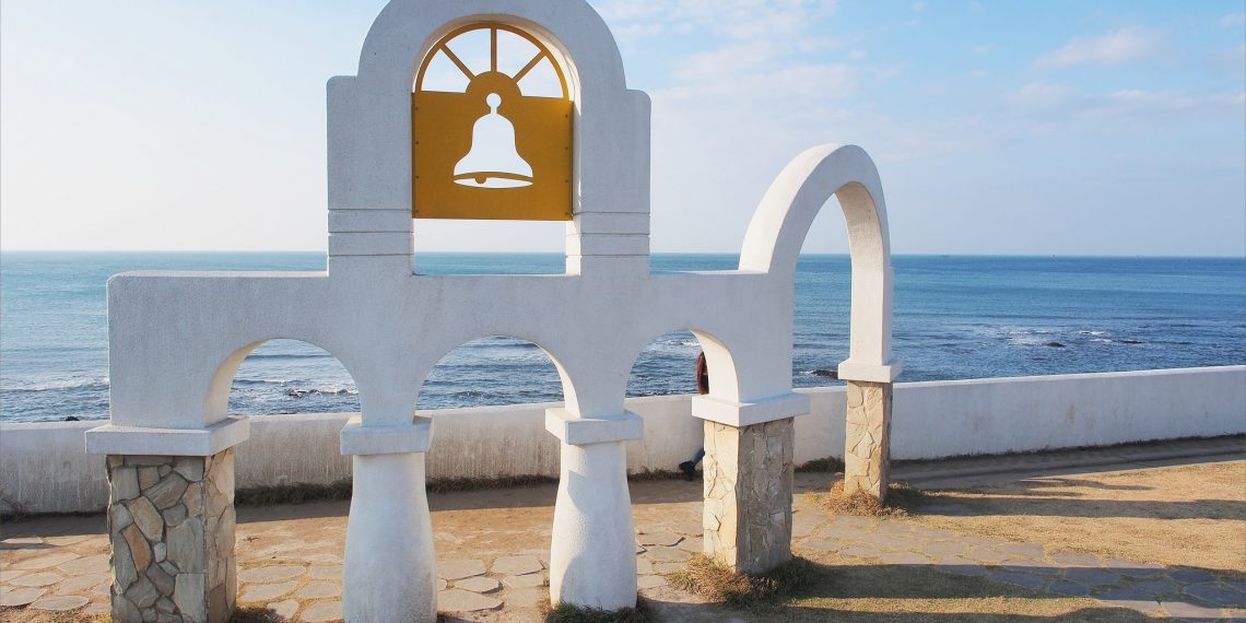 【台北 Taipei】北海岸兩天小旅行之石門婚紗廣場 富基漁港 老梅石槽 金山溫泉