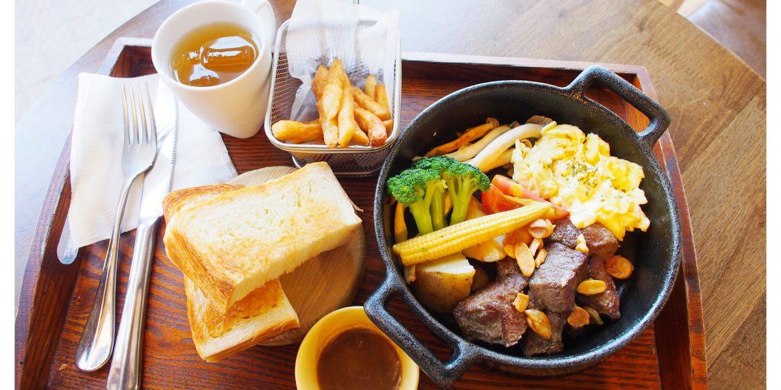 【高雄 Kaohsiung】再訪卡菲小食光分店/民生四號店 來份骰子牛排的豐盛早午餐吧