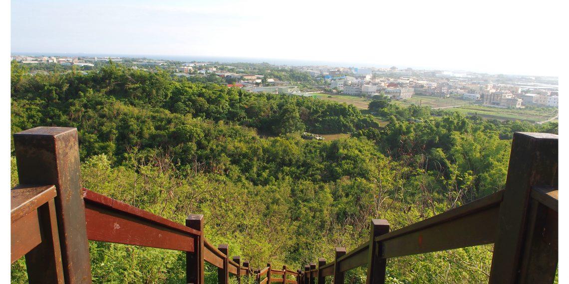 【高雄 Kaohsiung】漯底山自然公園觀景台 一覽彌陀濱海景色與台灣海峽 散步路線吊橋 月世界 泥火山