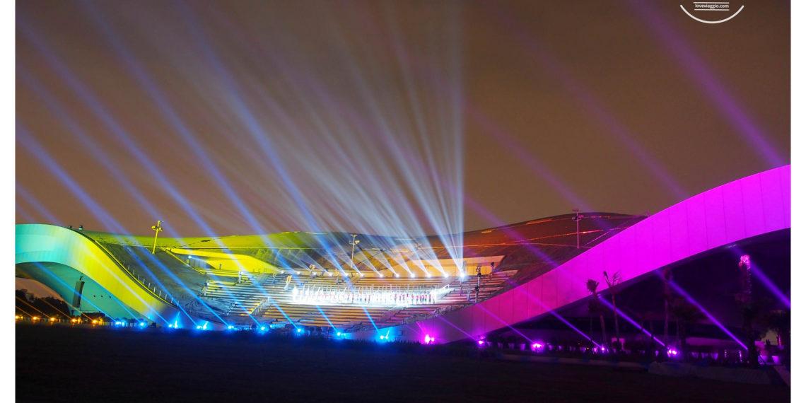 【高雄 Kaohsiung】衛武營藝術文化中心光雕音樂秀 草皮上席地而坐 一場華麗夢幻的視覺聽覺享受
